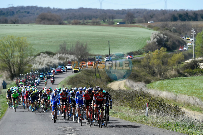 The peloton in action during Stage 4 of the 2017 Tirreno Adriatico running 187km from Montalto di Castro to Terminillo, Italy. 11th March 2017.<br /> Picture: La Presse/Fabio Ferrari  | Cyclefile<br /> <br /> <br /> All photos usage must carry mandatory copyright credit (&copy; Cyclefile | La Presse)