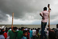 Vessel sinks in Padma river with over 200 passengers