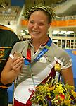 Stephanie Dixon from Brampton, ONTARIO, performing for silver.<br /> (Benoit Pelosse photographe,19 sept 2004)