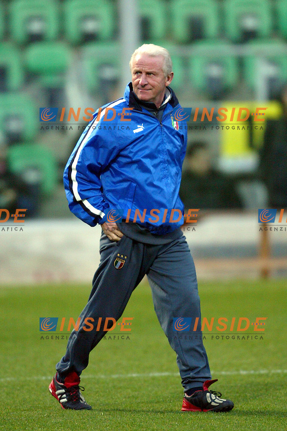 Palermo 17/2/2004 <br /> Italy training the day befor friendly match Italy - Czech Republic<br /> Giovanni Trapattoni, Italia's trainer<br /> Photo Andrea Staccioli Insidefoto