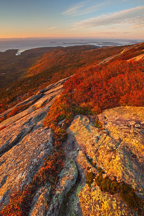 View of Otter Cove and the Cranberry Islands from atop Cadillac Mountain in autumn at Acadia National Park, Maine, USA