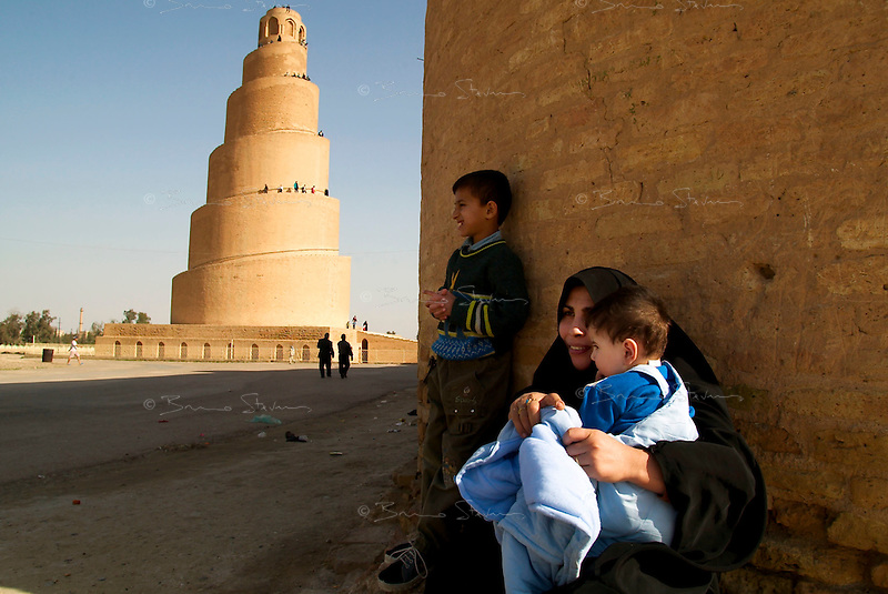 SAMARA, IRAQ, Feb 8, 2003.Family week end outing: visiting the famous spiral minaret build around 860AD..