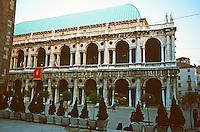 Vicenza:  Palladio's Basilica 1549.  Photo '83.
