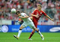 FUSSBALL   1. BUNDESLIGA  SAISON 2011/2012   1. Spieltag FC Bayern Muenchen - Borussia Moenchengladbach           07.08.2011 Havard Nordtveit (li, Borussia Moenchengladbach) gegen Toni Kroos (re, FC Bayern Muenchen)