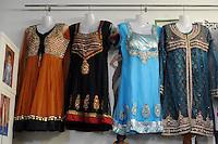 """Laila Shah, titolare del negozio """"Laila fashion """", abbigliamento bangladese e indiano e accessori.Quartiere di Torpignattara. VI Municipio, circa 48.000 abitanti.In questo quartiere convivono numerose comunità di immigrati..Laila Shah, owner of the shop """"Laila fashion"""", Bangladeshi and Indian clothing and accessories.Torpignattara district. VI Hall, about 48,000 inhabitant.In this district live many immigrant communities..."""