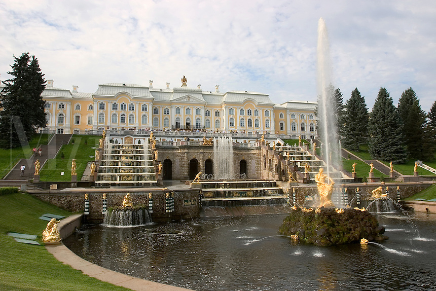 Peterhof, Peter the Greats summer palace outside of St. Petersburg, Russia.