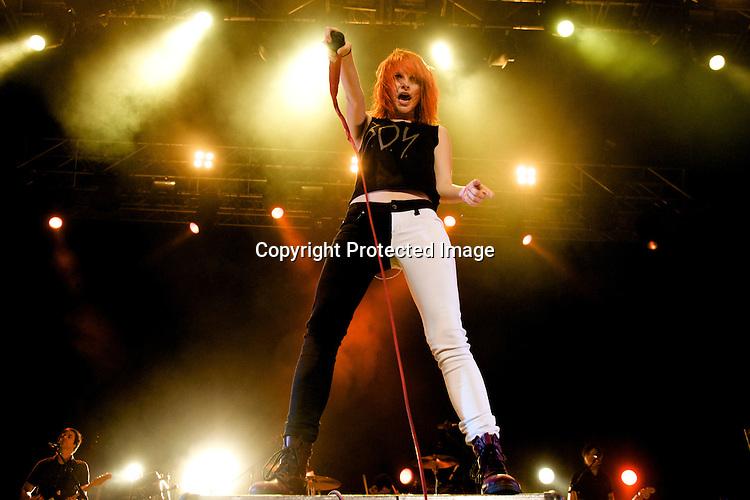 MADRID, SPAIN - JULY 11:  Hayley Williams of Paramore perfoms on stage at Palacio de Vistalegre on July 11, 2011 in Madrid, Spain.  (Photo by Juan Naharro Gimenez)