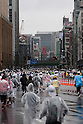Feb. 28, 2010 - Tokyo, Japan - Thousands of runners take part in the 2010 Tokyo Marathon as they make their way through the Ginza district in Tokyo. Despite the cold and rain, more than 30,000 athletes participated in the event.