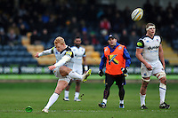 Tom Homer of Bath Rugby kicks for the posts. Aviva Premiership match, between Worcester Warriors and Bath Rugby on February 13, 2016 at Sixways Stadium in Worcester, England. Photo by: Patrick Khachfe / Onside Images