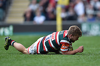 Jack Roberts of Leicester Tigers scores a second half try. Aviva Premiership match, between Leicester Tigers and Sale Sharks on April 29, 2017 at Welford Road in Leicester, England. Photo by: Patrick Khachfe / JMP