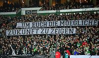 FUSSBALL   1. BUNDESLIGA    SAISON 2012/2013    14. Spieltag   SV Werder Bremen - Bayer 04 Leverkusen                28.11.2012 Die Fans von Werder Bremen weisen auf ihren Schweigeprotest gegen das DFL SIcherheitskonzept hin