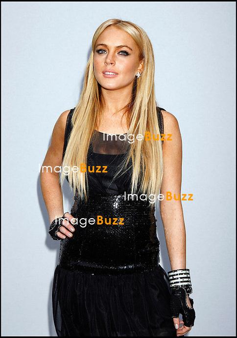 2007/8 CHANEL CRUISE SHOW PRESENTED BY KARL LAGERFELD HELD AT HANGAR 8 AT THE SANTA MONICA AIRPORT..LOS ANGELES, MAY 18, 2007...Pic :  Lindsay Lohan