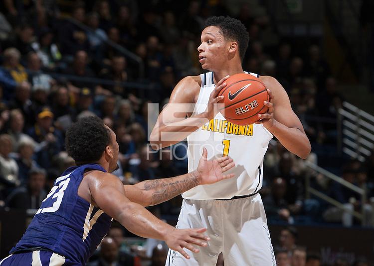 Berkeley, CA - January 12th, 2017:  CAL Men's Basketball's 69-59 victory against Washington at Haas Pavilion.