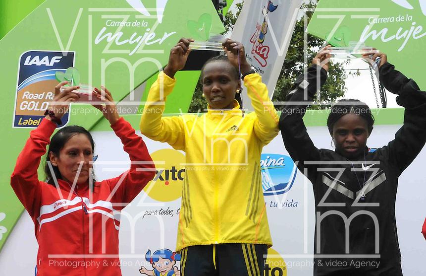 BOGOT&Aacute; -COLOMBIA. 29-09-2013. Sylvia Kibet de Kenia gan&oacute; la Carrera de la Mujer 2013 que se cumpli&oacute; en la ciudad de Bogot&aacute; con un recorrido de 12km. Segunda fue  para Paskalia Kipkoech de Kenia. /  Sylvia Kibet of Kenya won the Women's Race 2013 that was met in the city of Bogota with a distance of 12km. Second was to Paskalia Kipkoech Kenya. Photo: VizzorImage/Luis Emiro Mej&iacute;a/CONT<br /> EDITORIAL USE ONLY