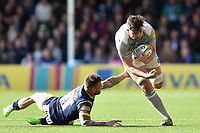 Elliott Stooke of Bath Rugby gets past Francois Hougaard of Worcester Warriors. Aviva Premiership match, between Worcester Warriors and Bath Rugby on April 15, 2017 at Sixways Stadium in Worcester, England. Photo by: Patrick Khachfe / Onside Images