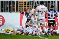 Semesa Rokoduguni of Bath Rugby scores a try in the first half. Aviva Premiership match, between Bath Rugby and Exeter Chiefs on December 31, 2016 at the Recreation Ground in Bath, England. Photo by: Patrick Khachfe / Onside Images