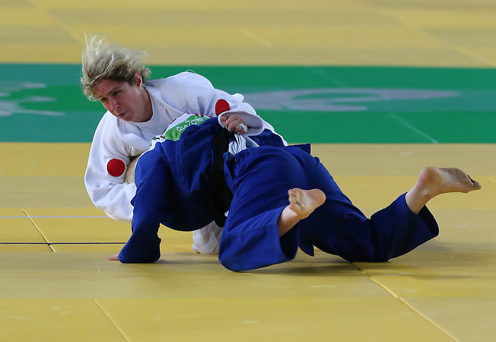 Rio de Janeiro-8/9/2016-Priscilla Gagne competes against Cherine Abdellaoui  from Algeria in her 52kg Judo match at the 2016 Paralympic Games in Rio. Photo Scott Grant/Canadian Paralympic Committee