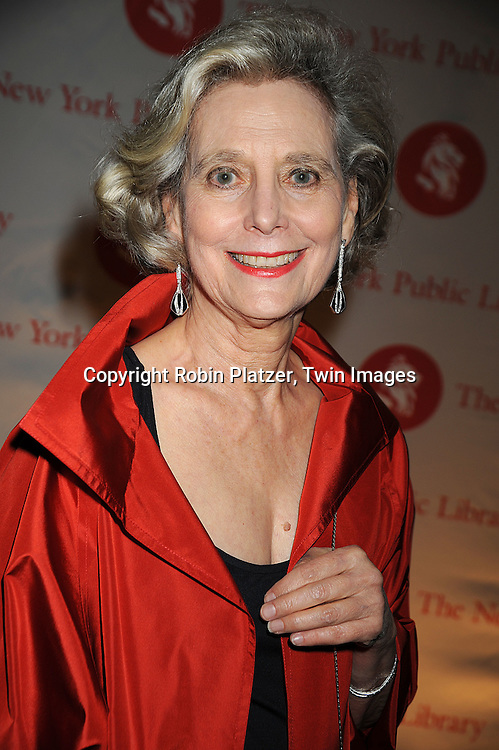 Hannah Pakula..arriving at The New York Public Library 2008 Library Lions Benefit Gala on November 3, 2008 at The New York Public Library at 42nd Street and 5th Avenue.....Robin Platzer, Twin Images