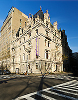 The Jewish Museum, designed by C.P.H. Gilbert, François I chateau, Upper East Side, 5th Ave, New York, New York