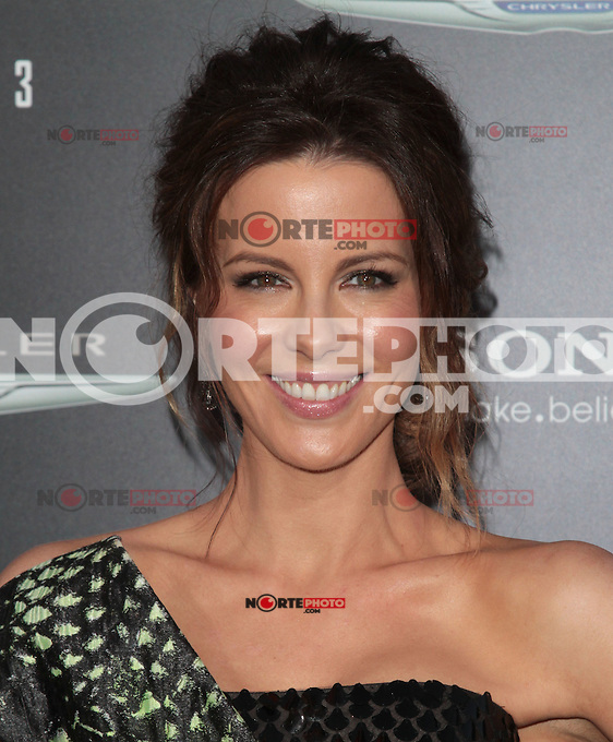 HOLLYWOOD, CA - AUGUST 01: Kate Beckinsale at the premiere of Columbia Pictures' 'Total Recall' held at Grauman's Chinese Theatre on August 1, 2012 in Hollywood, California Credit: mpi21/MediaPunch Inc. /NortePhoto.com<br /> <br /> **SOLO*VENTA*EN*MEXICO**<br /> **CREDITO*OBLIGATORIO** <br /> *No*Venta*A*Terceros*<br /> *No*Sale*So*third*<br /> *** No Se Permite Hacer Archivo**<br /> *No*Sale*So*third*