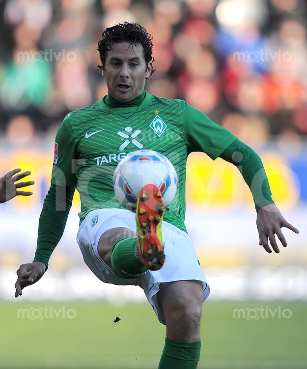 FUSSBALL   1. BUNDESLIGA   SAISON 2011/2012    20. SPIELTAG  05.02.2012 SC Freiburg - SV Werder Bremen Claudio Pizarro (SV Werder Bremen)