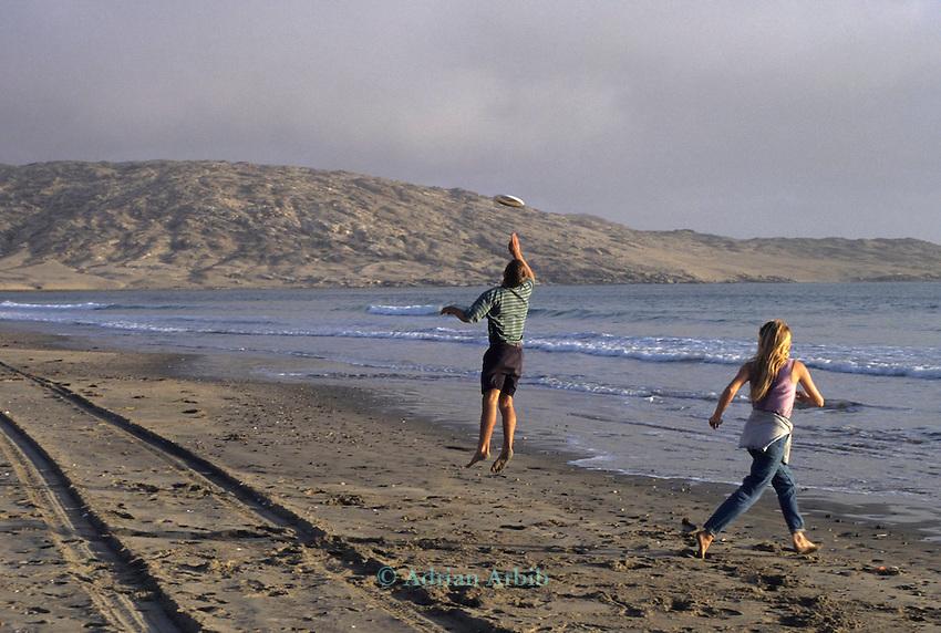 Playing  frisbee, Luderitz