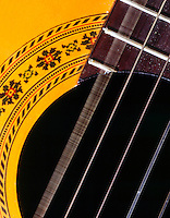 VIBRATING GUITAR STRING<br />