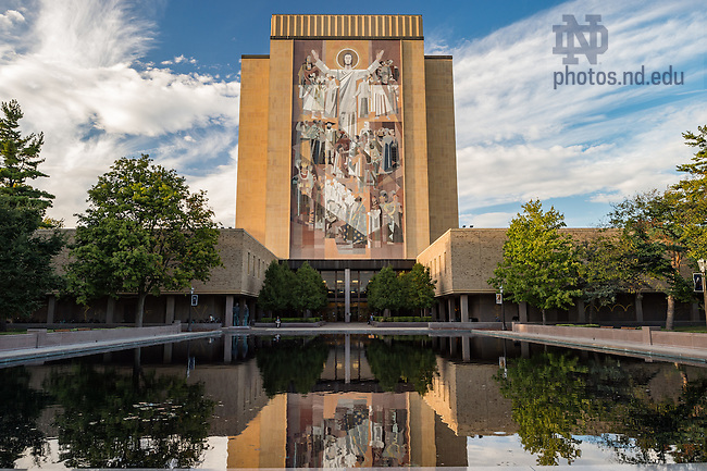 September 27, 2016; Hesburgh Library. (Photo by Barbara Johnston/University of Notre Dame)