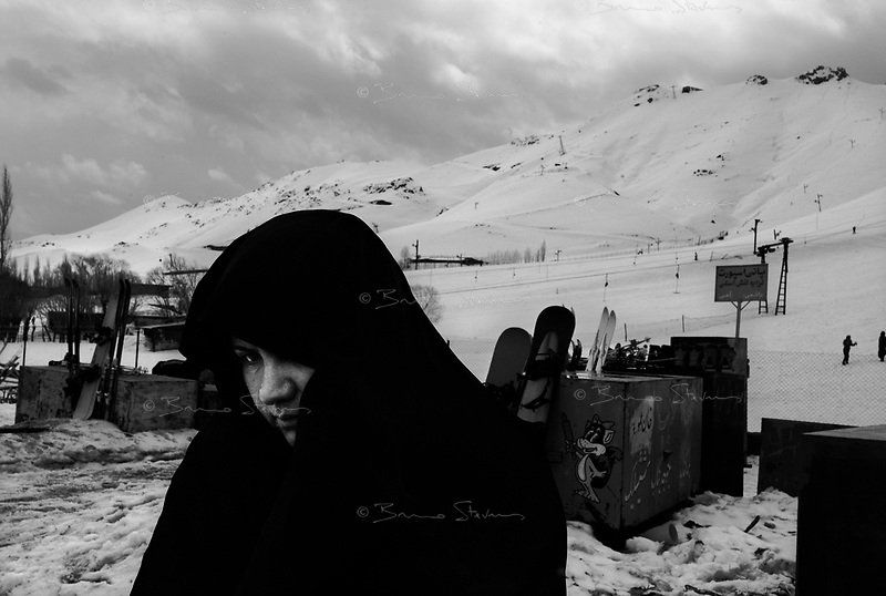 Ob Ali, Iran, March 26, 2007.Less than 2 hours away from Teheran, Iranians enjoy wintersports on the Alborz mountain range...