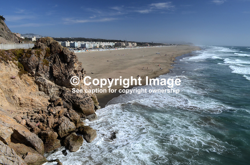 Ocean Beach, San Francisco, USA.  The Great Highway runs alongside the beach which skirts the Pacific Ocean.  The beach is more popular with surfers than tourists, bathers or swimmers because the water is cold and the area is susceptible to foggy weather. 201304302229<br /> <br /> Copyright Image from Victor Patterson, 54 Dorchester Park, Belfast, UK, BT9 6RJ<br /> <br /> Tel: +44 28 9066 1296<br /> Mob: +44 7802 353836<br /> Voicemail +44 20 8816 7153<br /> Skype: victorpattersonbelfast<br /> Email: victorpatterson@me.com<br /> Email: victorpatterson@ireland.com (back-up)<br /> <br /> IMPORTANT: If you wish to use this image or any other of my images please go to www.victorpatterson.com and click on the Terms &amp; Conditions. Then contact me by email or phone with the reference number(s) of the image(s) concerned.