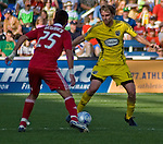 Gonzalo Segares Chicago Fire and Eddie Graven Columbus Crew