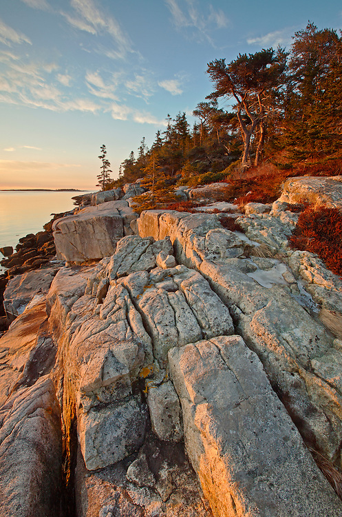 Granite cliffs lines the Schoodic coastline on the east side of the Schoodic Peninsula at Acadia National Park, Maine, USA