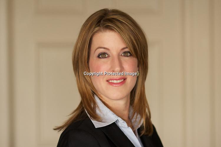 Christine-Scott 4.jpg | Clear Portraits by Fabienne: fabienne.photoshelter.com/image/i0000_q0o954fjxa