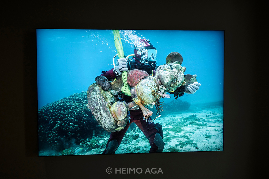 Palazzo Grassi. Damien Hirst: Treasures from the Wreck of the Unbelievable.<br /> Mickey Carried by Diver.