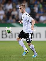 FUSSBALL INTERNATIONAL Laenderspiel Freundschaftsspiel U 21   Deutschland - Frankreich     13.08.2013 Andre Hoffmann (Deutschland) am Ball