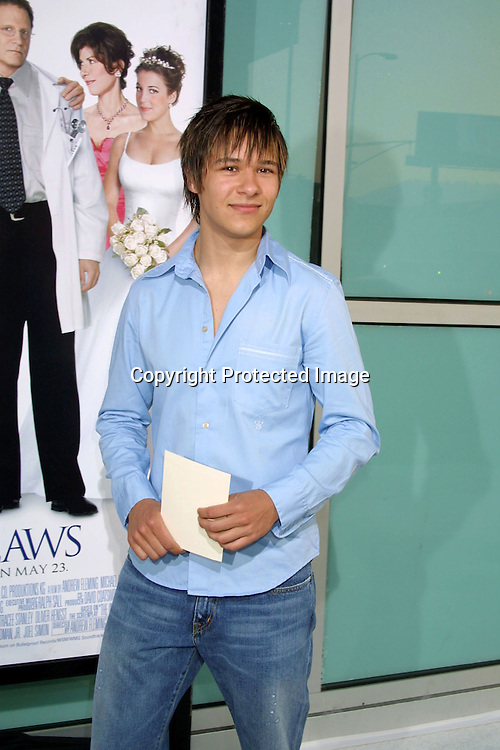 """©2003 KATHY HUTCHINS / HUTCHINS PHOTO.THE LA PREMIERE OF """"THE IN-LAWS"""".MONDAY, MAY 19, 2003.HOLLYWOOD, CA..OLIVER JAMES."""