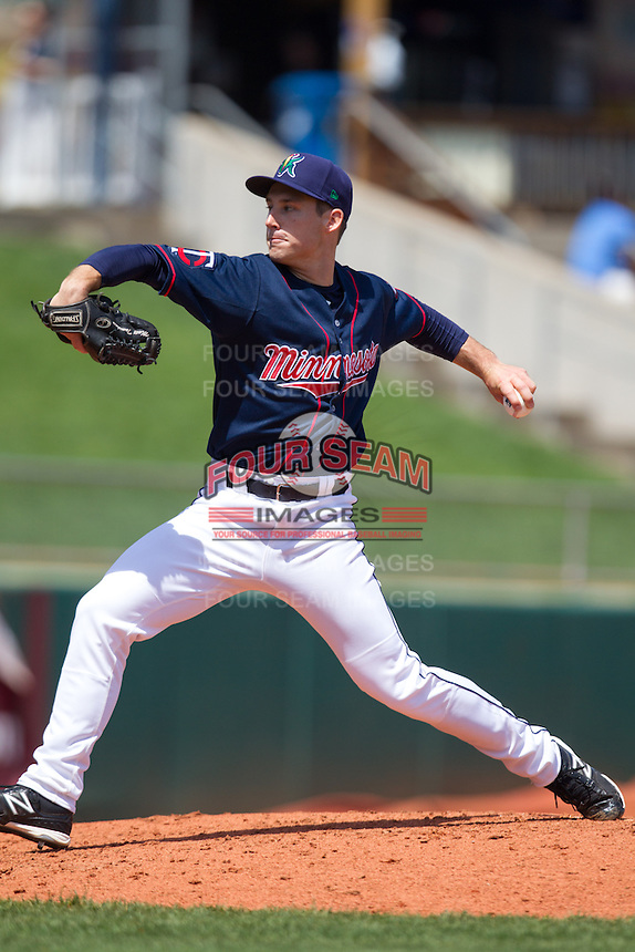 Cedar Rapids Kernels pitcher Matthew Tomshaw #18 pitches during a game against the Lansing Lugnuts at Veterans Memorial Stadium on April 30, 2013 in Cedar Rapids, Iowa. (Brace Hemmelgarn/Four Seam Images)