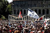 Roma 25 Aprile 2008. Manifestazione per il 63° anniversario  della liberazione dal Nazifascismo da Porta San Paolo..Roma 25 April 2008. Demonstration for the 63th anniversary of liberation from Nazi-fascism from Porta San Paolo