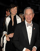Washington, D.C. - April 21, 2007 -- Mayor Michael Bloomberg of New York City and his girlfriend attend the parties prior to the 2007 White House Correspondents Association dinner at the Washington Hilton in Washington, D.C. on Saturday evening, April 21, 2007..Credit: Ron Sachs / CNP                                                               (NOTE: NO NEW YORK OR NEW JERSEY NEWSPAPERS OR ANY NEWSPAPER WITHIN A 75 MILE RADIUS OF NEW YORK CITY)