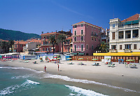 Italy, Liguria, Italian Riviera, Alassio: beach