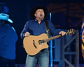GARTH BROOKS (2016)