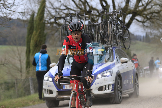 Manuel Quinziato (ITA) BMC Racing Team on gravel sector 4 Commune di Murlo during the 2017 Strade Bianche running 175km from Siena to Siena, Tuscany, Italy 4th March 2017.<br /> Picture: Eoin Clarke | Newsfile<br /> <br /> <br /> All photos usage must carry mandatory copyright credit (&copy; Newsfile | Eoin Clarke)