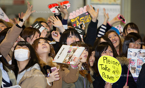 January 17, 2013, Chiba, Japan - Fans of English-Irish pop boy band One Direction as they wait for their arrival at Narita International Airport, east of Tokyo. This is One Direction's first trip to Japan in which they are in Tokyo to promote their second album 'Take Me Home'. (Photo by Christopher Jue/Nippon News)