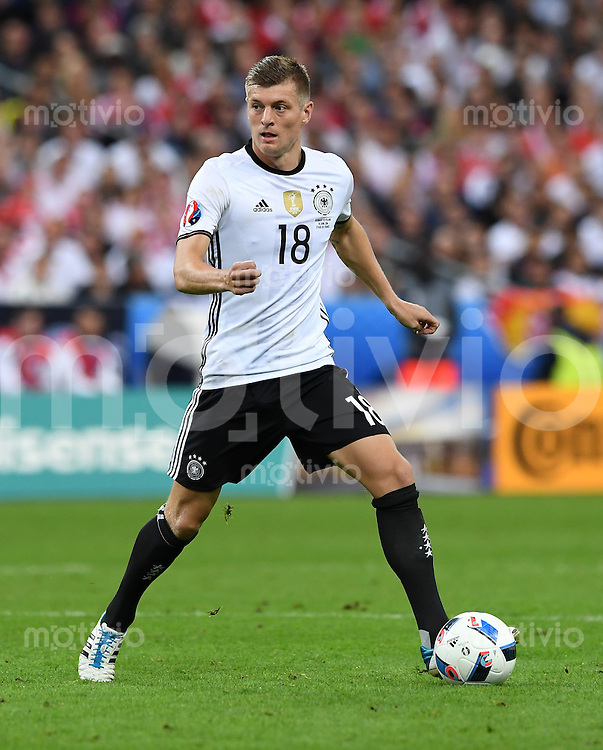 FUSSBALL EURO 2016 GRUPPE C IN PARIS Deutschland - Polen    16.06.2016 Bartosz Salamon (Polen)