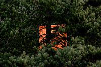 Orange Square Hiding