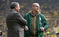 FUSSBALL   1. BUNDESLIGA   SAISON 2011/2012   26. SPIELTAG Borussia Dortmund - SV Werder Bremen               17.03.2012 Manager Klaus Allofs (li) und Trainer Thomas Schaaf (re, beide SV Werder Bremen) enttaeuscht