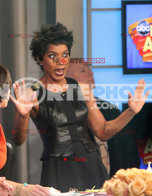 NEW YORK, NY - JANUARY 28: Angela Bassett and Mary J. Blige visit Good Morning America  in New York City to talk about the new Lifetime tv movie Betty & Coretta. January 28, 2013. Credit: RW/MediaPunch Inc. /NortePhoto /NortePhoto
