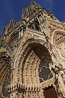 Western facade of Notre Dame de Reims (Our Lady of Rheims), pictured on February 15, 2009, 13th - 15th century, Roman Catholic Cathedral where the kings of France were crowned, Reims, Champagne-Ardenne, France.