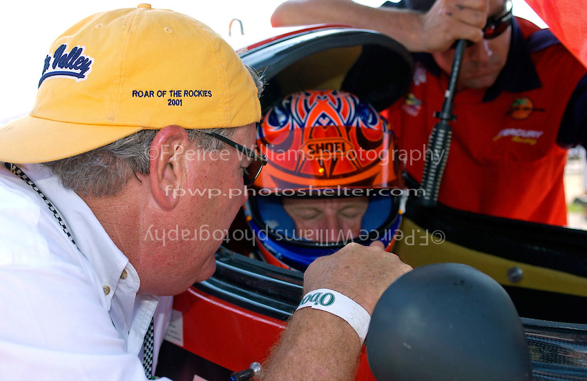 Laurie Vidal prays with Greg Foster #53        (Champ/Formula 1)
