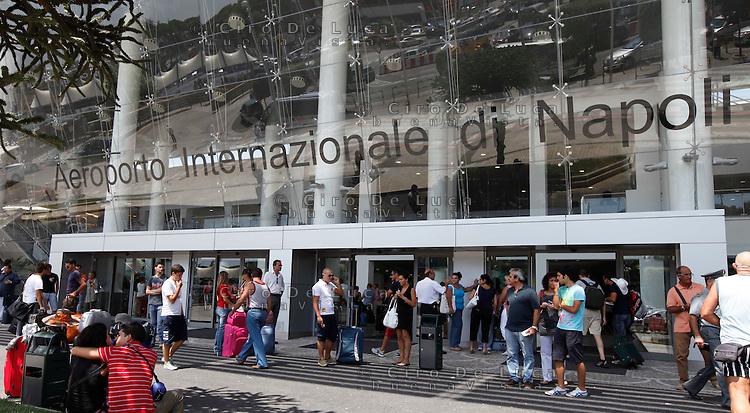 Aeroporto Capodichino : Aeroporto capodichino ciro de luca photographer